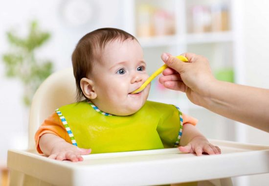 Starting Solids and Nutrition in the First Year